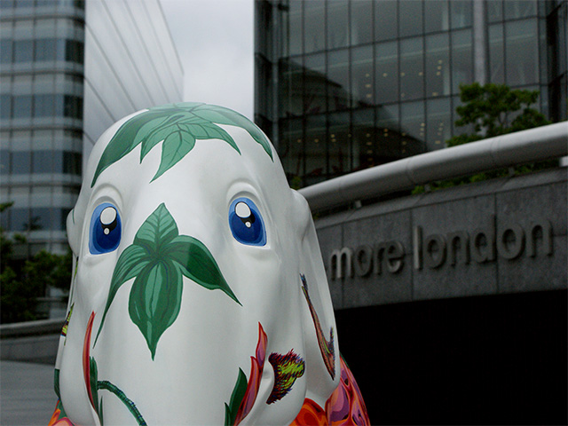 Elephant Parade - Tearoses
